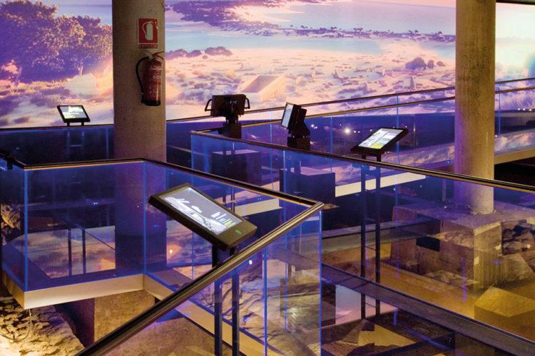 Barandillas de vidrio montaje lateral 02